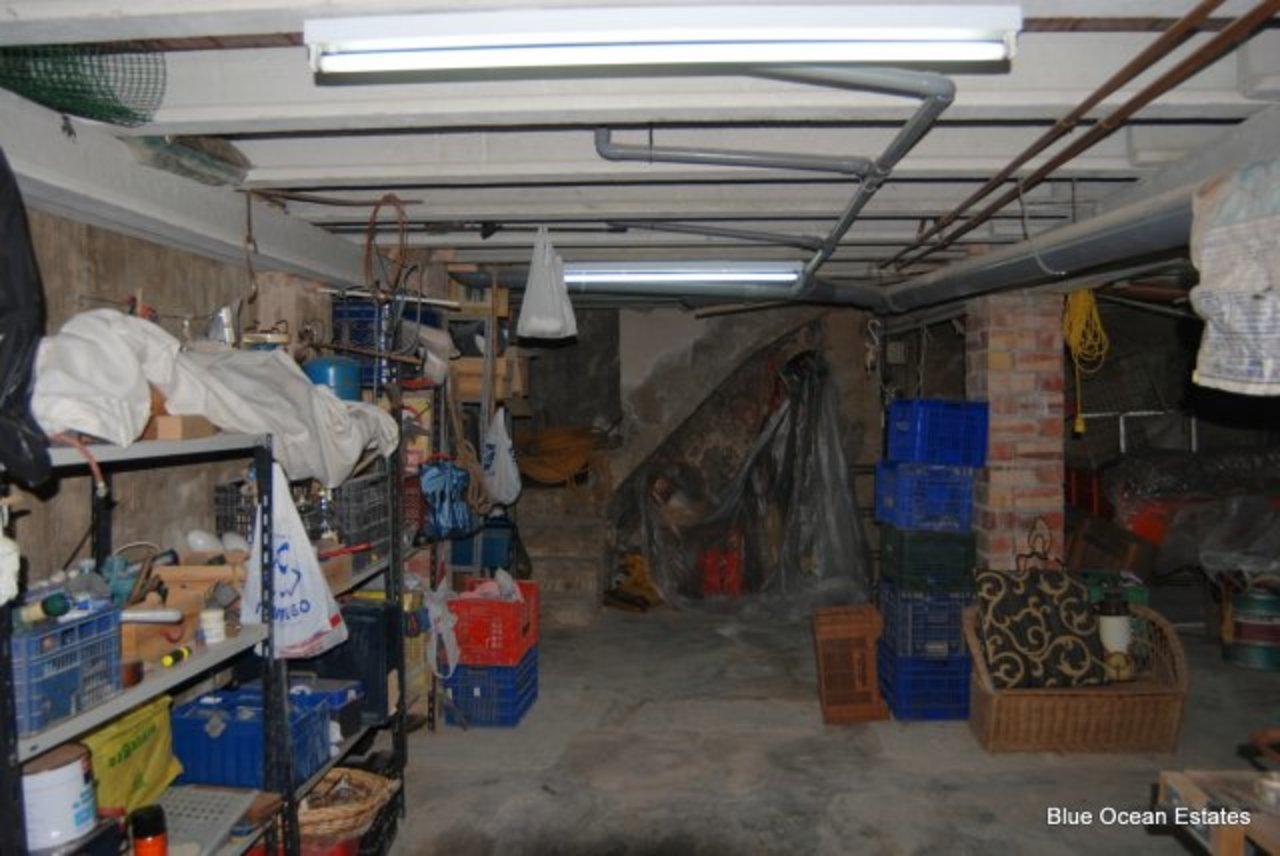 ES16707: Commercial Property for sale in Adsubia