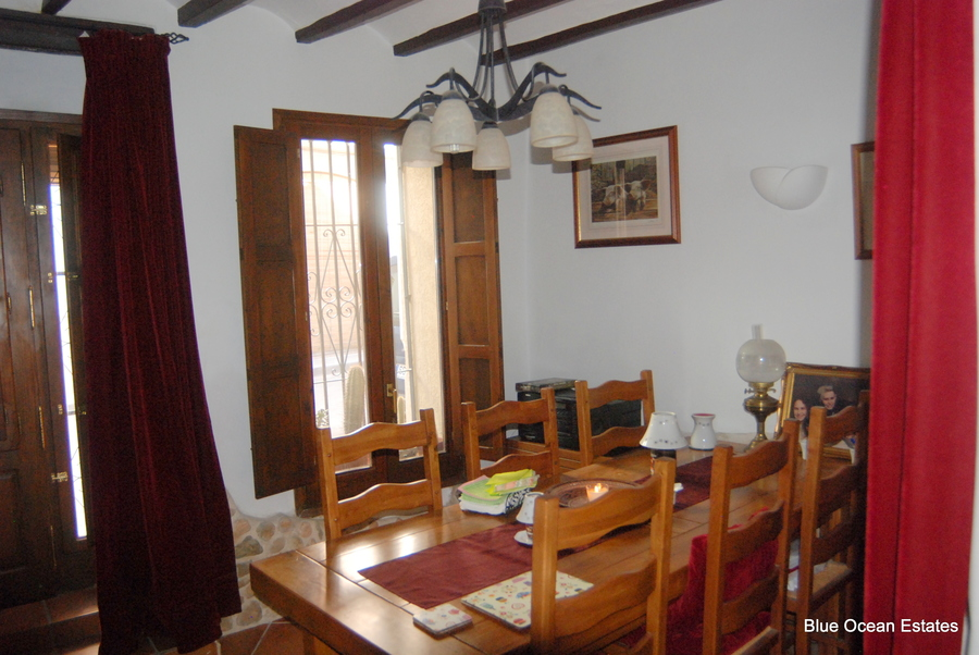 Ref:ES19444 Townhouse For Sale in Tormos