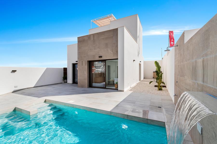 Ref:ES5848 Villa For Sale in Rojales