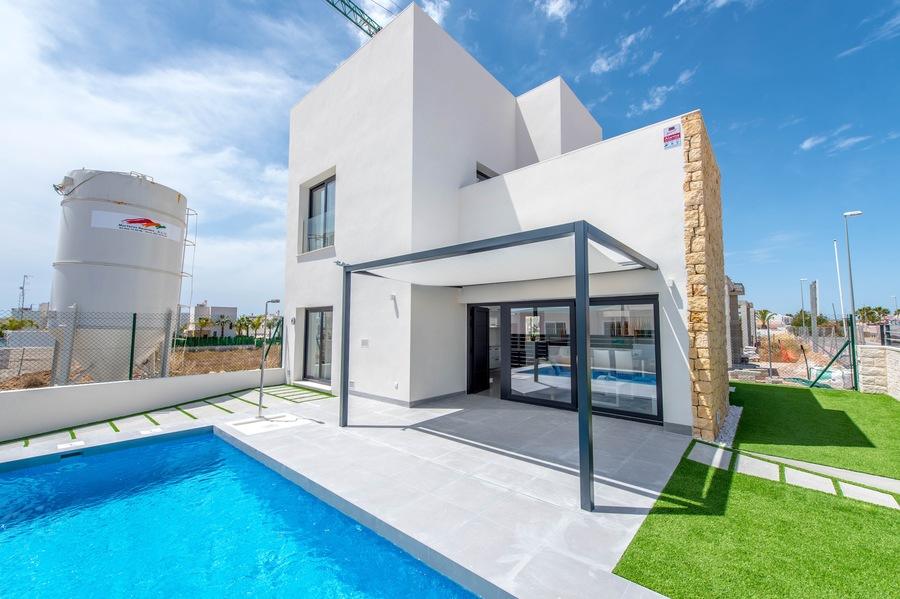 Ref:ES5877 Villa For Sale in Rojales