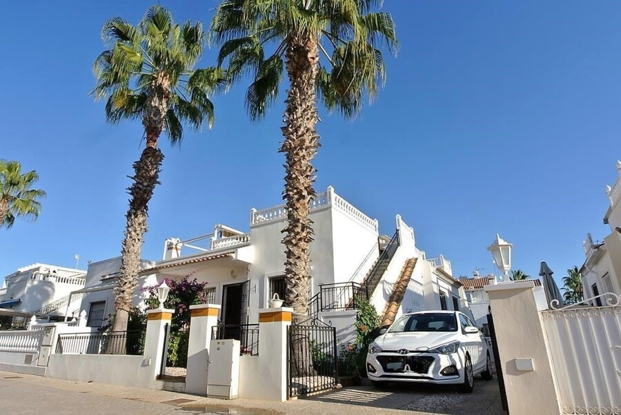 Ref:ES118978 Bungalow For Sale in Orihuela Costa