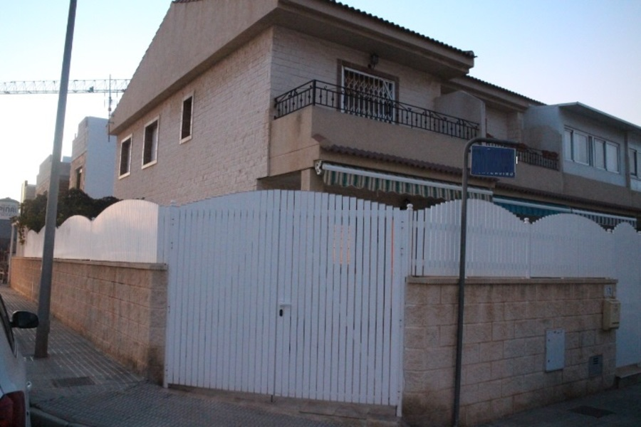 Ref:ES17978 Townhouse For Sale in Lo Pagan