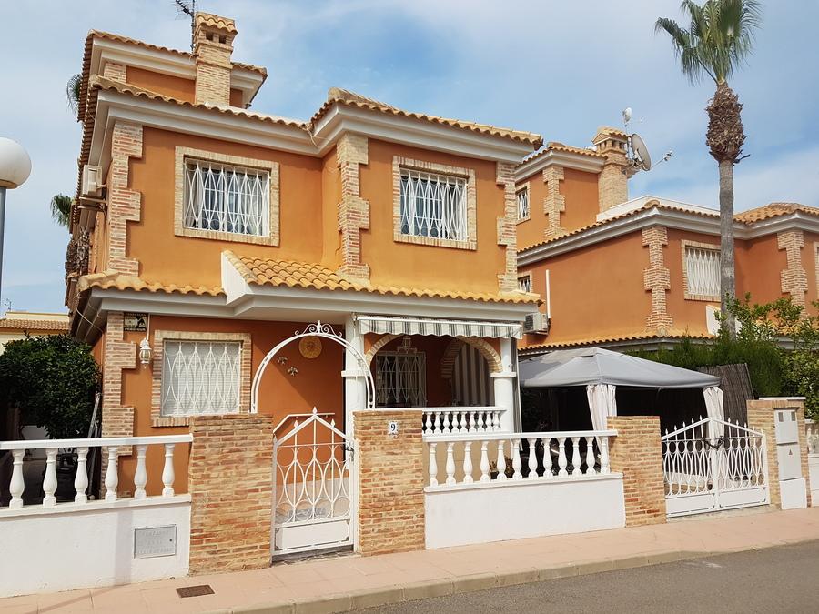 Ref:ES96735 Villa For Sale in Playa Flamenca