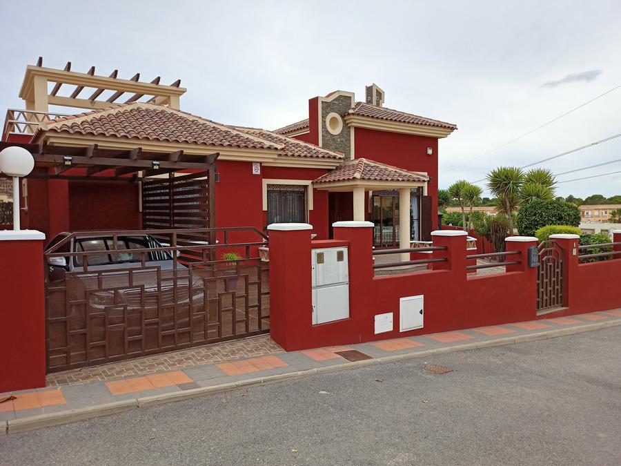 Ref:ES119404 Villa For Sale in Ciudad Quesada