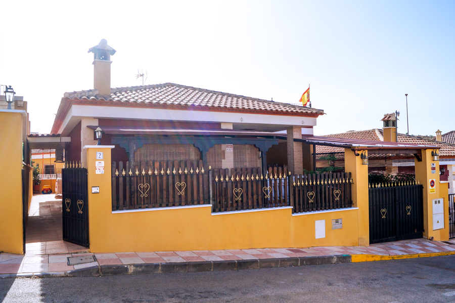 Ref:ES31147 Villa For Sale in Bigastro